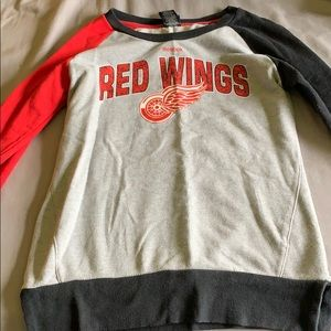 Red wings sweater